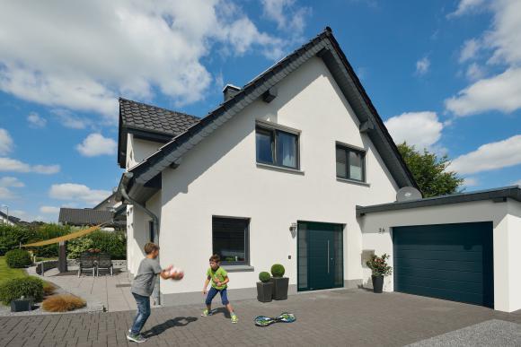 Bramy garażowe i drzwi wejściowe Hörmann z dotacją w programie Czyste Powietrze